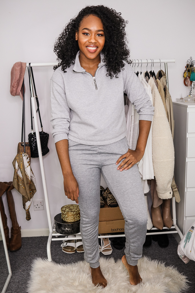 joggers are the ultimate comfy loungewear outfits